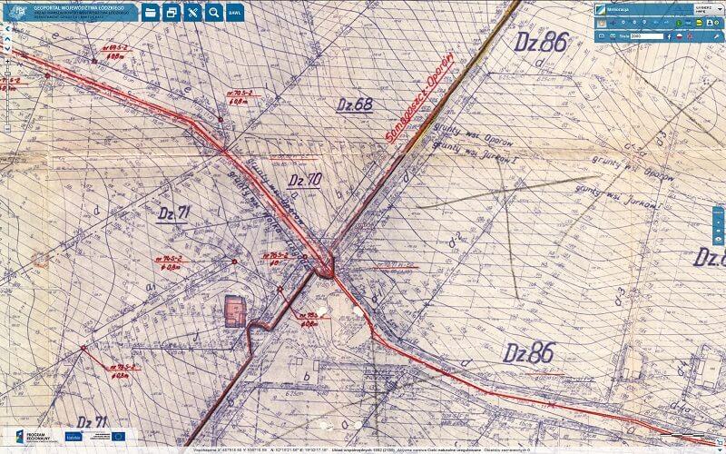 fragment mapy z rowami melioracyjnymi i siecią drenarską